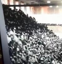 عشرات الاصابات بانهيار مدرج في كنيس يهودي بالقدس (فيديو)