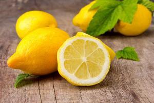 الليمون يقترب من الدينار ونصف للكيلو الواحد