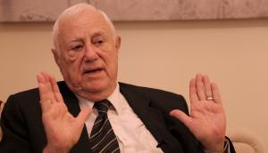 وزير الخارجية الأسبق كامل أبو جابر في ذمة الله