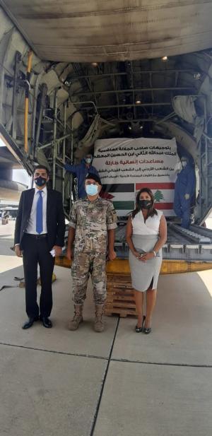 وصول طائرة المساعدات الأردنية الى بيروت