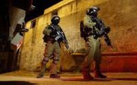 اعتقال 11 فلسطينيا خلال مداهمات بالضفة