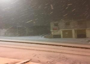 تعليق دوام المدارس في بعض مناطق الجنوب بسبب الثلوج (أسماء)