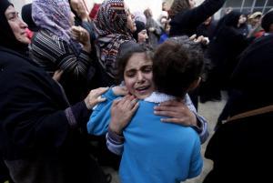 """آلاف الفلسطينيين يُشيعون الشهيد الفتى محمد الحطاب """"صور"""""""