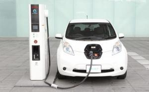 البستنجي: 1500 دينار الحد الأدنى لانخفاض أسعار مركبات الكهرباء