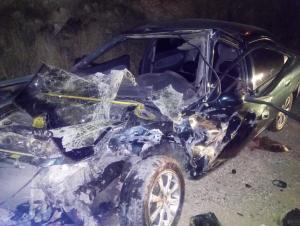 5 اصابات بتصادم مركبتين في أم البساتين (صور)