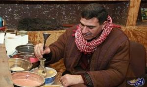 أمين زلوم : الزجاجات المرسومة بالرمل حرفة أردنية