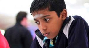 طفل في 11 من عمره عبقري بالشطرنج وذكاءه يُعادل الكمبيوتر