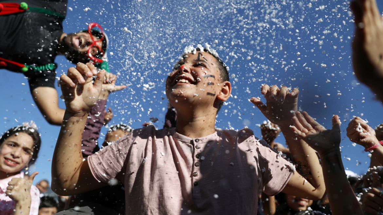 أهمية معايدة الأطفال في عيد الفطر Image