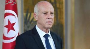حظر تجول في تونس لمدة شهر وتعطيل المؤسسات الرسمية