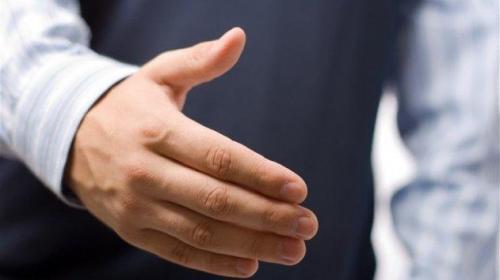 طول أصابع الرجال يكشف نسبة خطر الوفاة بكورونا