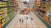الزرقاء: إغلاق 8 محلات واتلاف 27 ألف كغم مواد غذائية فاسدة