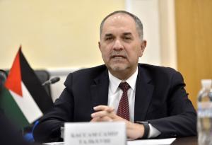 """وزير العدل يستجيب لمناشدة ستيني مريض بالسرطان عبر """"جراسا"""""""