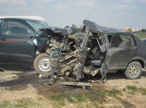 """مادبا  ..  14 اصابة بحادث تصادم على طريق """" زيزيا"""""""