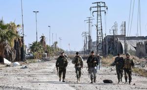 عشرات القتلى بغارات روسية على إدلب