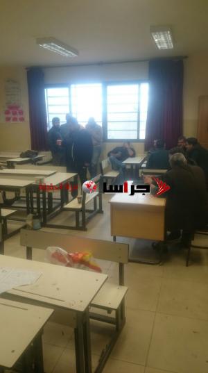 مصححو الرياضيات بمركز عمان يتوقفون عن العمل (صور)