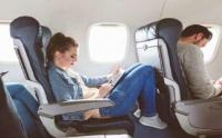 خبير يكشف أفضل مقعد على الطائرة