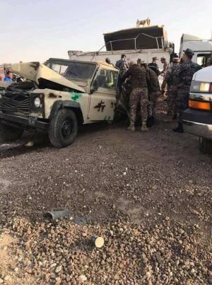 5 وفيات بتصادم 3 مركبات على طريق شويعر - الزرقاء (صور)