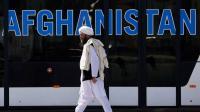 من طالبان إلى الغرب: عودوا بالمال وليس بالسلاح
