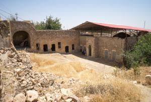الإحتلال يزعم ترميم قبر نبي في العراق