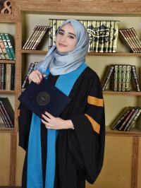 الدكتوره دانيه مبارك التخرج