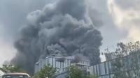 """حريق بمبنى شركة """"هواوي"""" في الصين (فيديو)"""