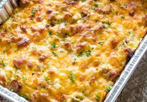 سهلة و لذيذة ..  طريقة عمل بطاطس باللحم والجبن