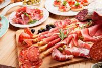 عادات وأطعمة غير متوقعة تسبب السرطان