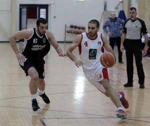 الرياضي يتصدر المربع الذهبي للدوري الأردني لكرة السلة