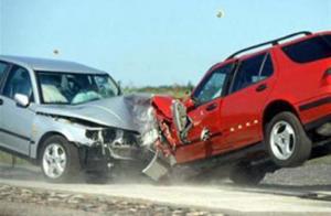 8 اصابات بحادثي تصادم في عمان