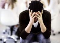10 علامات تكشف المريض النفسي