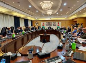 الخصاونة: بدء انتخابات النقابات في آذار
