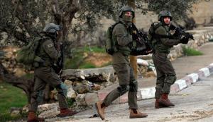 الاحتلال يقتحم كفر عقب ومحيط قلنديا واندلاع مواجهات