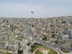 مشاركون من 5 دول عربية يناقشون رؤية مستقبل المنطقة في عمان