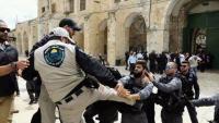 الإحتلال يعتقل حارسا للأقصى و 3 مقدسيين