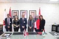 جامعة الشرق الأوسط والشبكة القانونية للنساء العربيات تبرمان مذكرة تفاهم