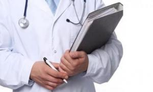 """""""المستهلك"""" ترفض قرار الحكومة بشأن لائحة الأجور الطبية"""