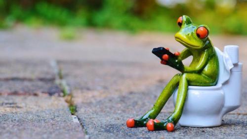 8 عادات خاطئة تفعلها يومياً تفسد أجهزتك الإلكترونية