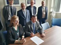 توقيع اتفاقية برنامج ماجستير مشترك بين جامعتي عمان الأهلية وبرادفورد