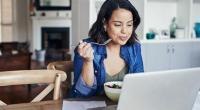 نصائح لتفادي زيادة الوزن عند العمل من المنزل