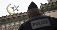 فرنسا تغلق المساجد ليلة القدر