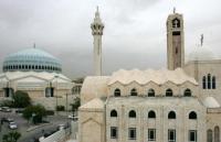 الحكومة : قرار فتح المساجد ينطبق على الكنائس