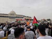"""لليوم الثامن ..  تجدد الاحتجاجات بالقرب من السفارة """"الإسرائيلية"""" بالرابية"""