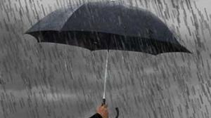 الأمطار تعم مناطق عمان الغربية
