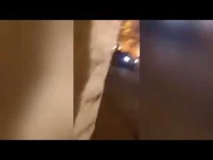 السعودية : اطلاق النار على طائرة لاسلكية حلقت فوق القصر الملكي (فيديو)