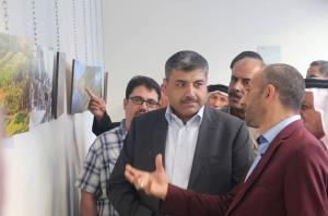 رئيس لجنة عمان يفتتح معرض الزميل المصور محمد النواطير (صور)