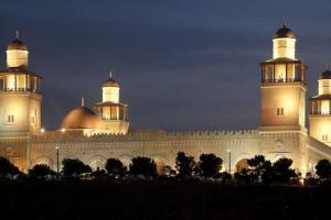 جابر: توصية باعادة فتح المساجد بـ 7 حزيران
