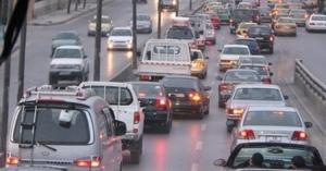 الحكومة تخفض رسوم نقل ملكية المركبات