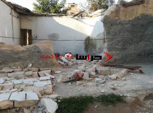 انهيار سور بالزرقاء يشل حركة المواطنين (صور)