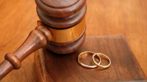 الضفة الغربية: ممنوع تسجيل الطلاق خلال رمضان