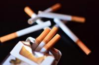 20 سيجارة يوميا ..  ماذا تفعل بأعين المدخنين؟